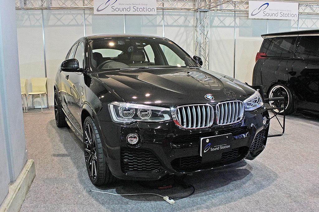 AVKANSAI_デモカー_BMWX4